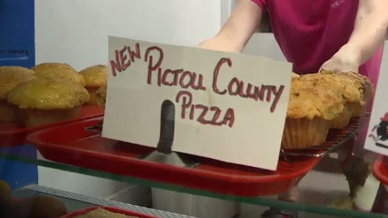 Customers have been lining up for the Coffee Bean's new Pictou County pizza muffin in New Glasgow, N.S. (CTV Atlantic)