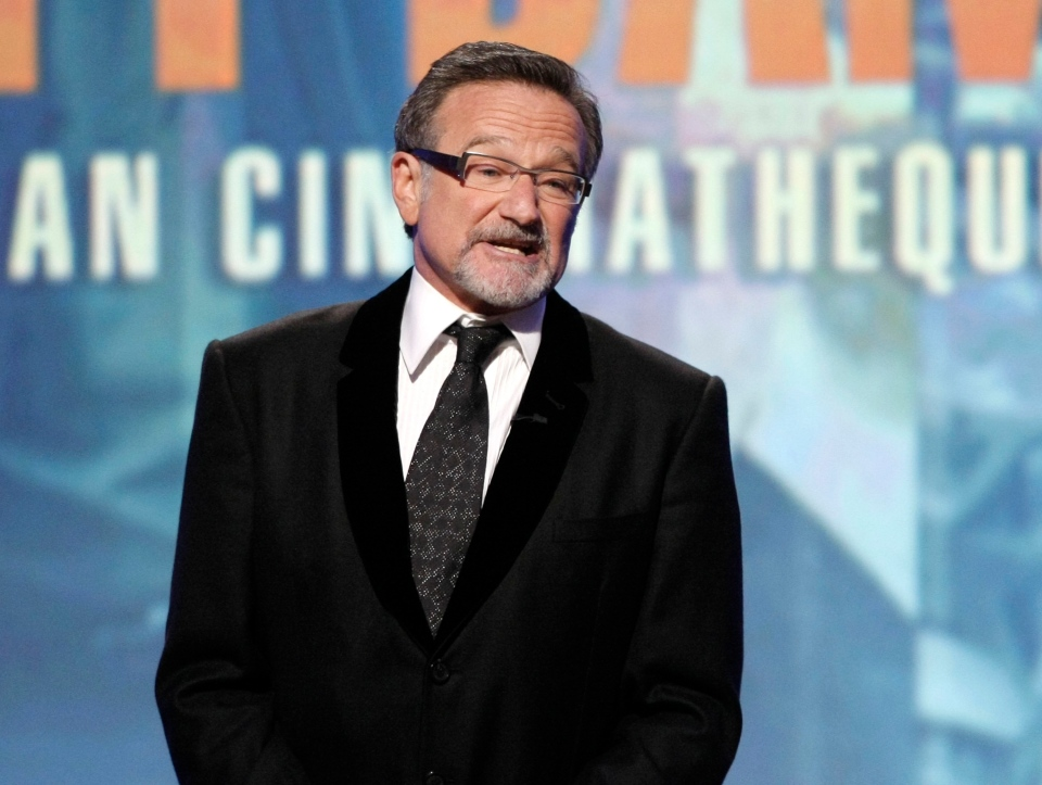 Robin Williams speaking at The 24th American Cinematheque Awards honoring Matt Damon in Beverly Hills, Calif., on March 27, 2010. (AP / Dan Steinberg)