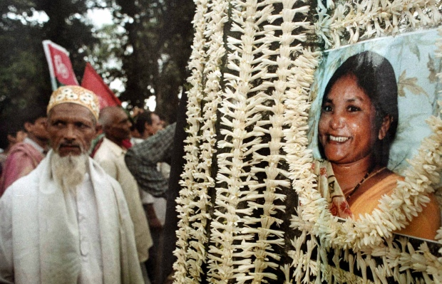 People mourn murdered Indian politician Devi