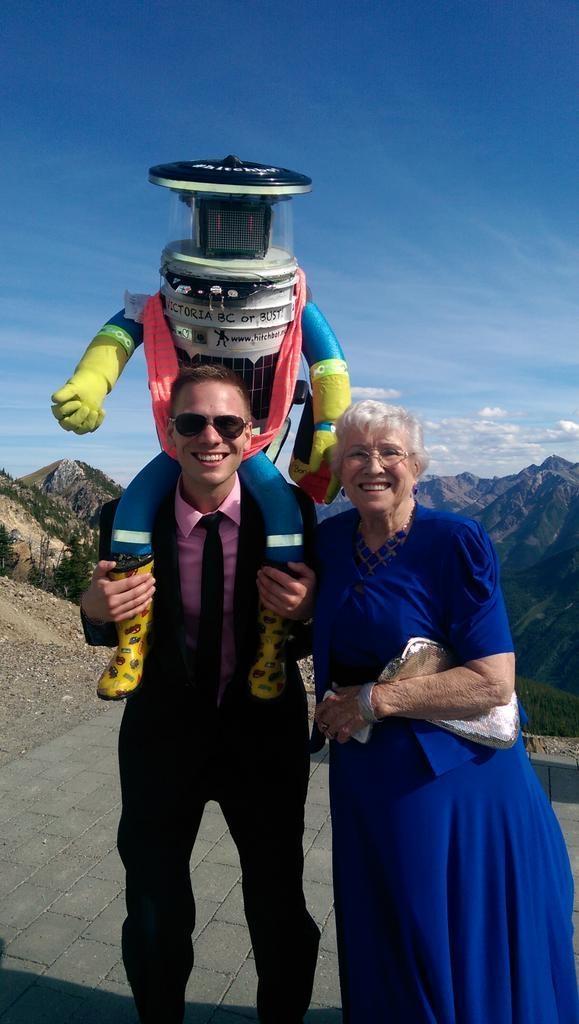 Robot Hitchhikes 6 000 Km Across Canada Ctv News