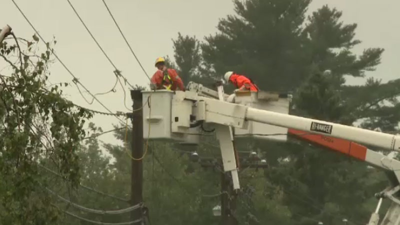 NB Power crews work to restore power (CTV Atlantic)