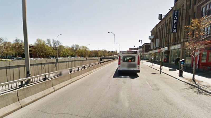 The southbound side of Decarie Blvd. between Queen Mary and Cote St. Luc will be partially closed until mid-November. (Image Google Street View)