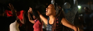 Police clash with protesters in Ferguson, Mo.