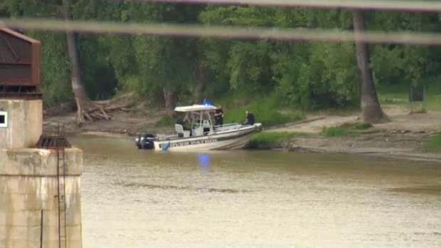 Police pulled a man's body from the Red River on Aug. 17, 2014 near Kildonan Park in Winnipeg.