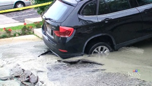CTV Toronto: Sinkhole nearly swallows BMW