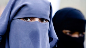 Netherlands seeks limited ban on 'face-covering clothing'
