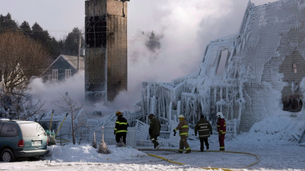 Quebec calls an inquiry into senior's home fire