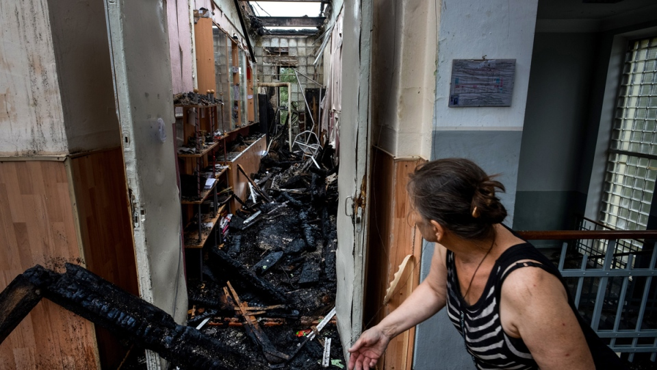A school damaged by shelling in the town of Donetsk, eastern Ukraine, Thursday, Aug. 28, 2014. (AP / Mstislav Chernov)