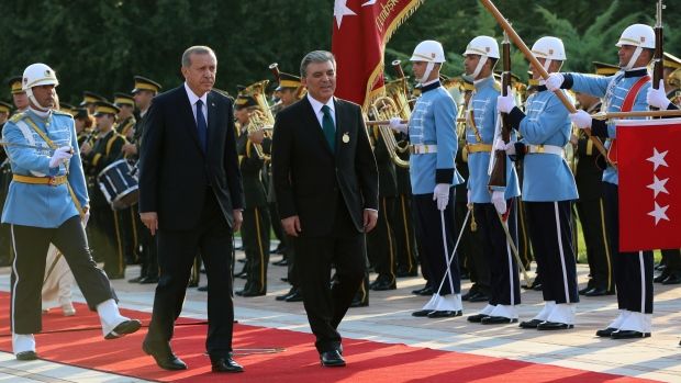 Turkey's Erdogan sworn in as president