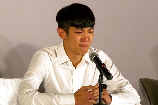 Kai Ko cries