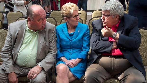 Premiers discuss energy deal