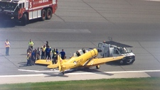 Small plane crashes at Pearson Airport