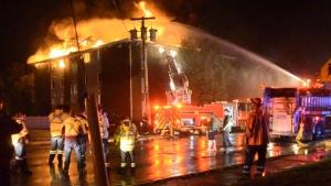 Fire rips through apartment building in N.B.