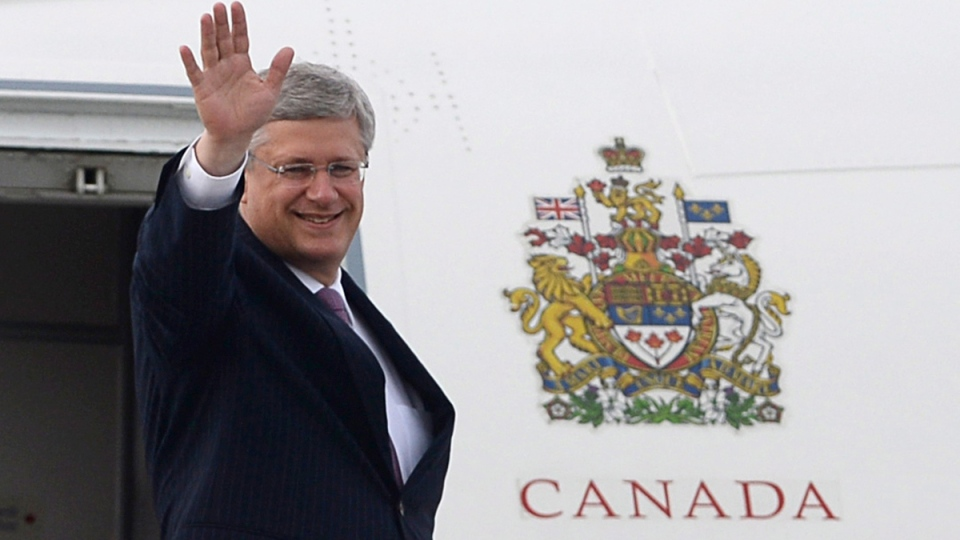 Prime Minister Stephen Harper departs Ottawa on Tuesday, Sept. 2, 2014. (Sean Kilpatrick / THE CANADIAN PRESS)