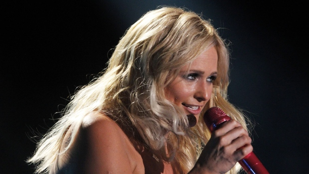 Miranda Lambert leads CMA nods