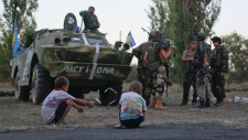 Ukrainian soldiers prepare for clashes with rebels