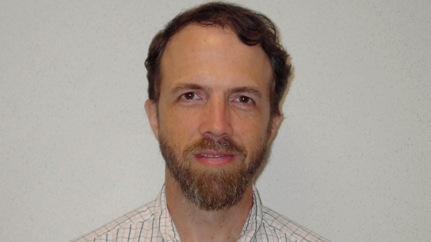 Dr. Richard Sacra IDed as Ebola patient