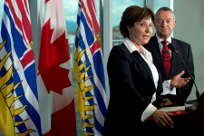 Christy Clark says teachers must suspend strike