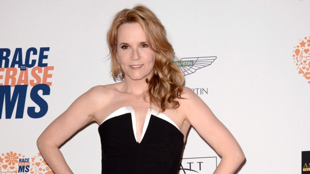 Lea Thompson to join DWTS
