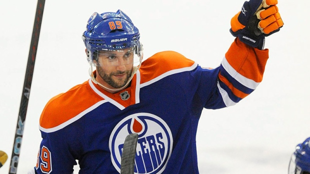 Oilers trade Spooner for Gagner