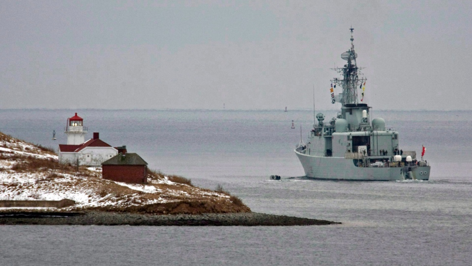 HMCS Athabaskan heads past Georges Island as it heads out of the harbour in Halifax on Jan. 14, 2010. (THE CANADIAN PRESS / Andrew Vaughan)