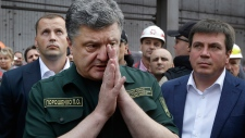 Petro Poroshenko visits Mariupol, Ukraine