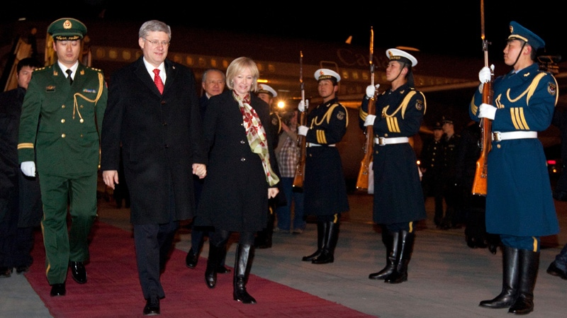harper china, harper arrives in china, stephen and laureen harper