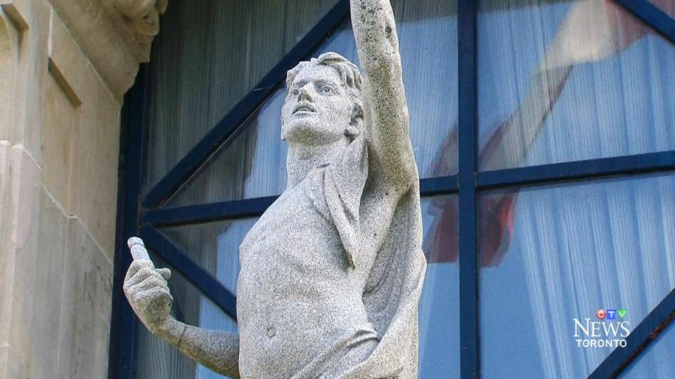 Statue vandalized at Malvern Collegiate