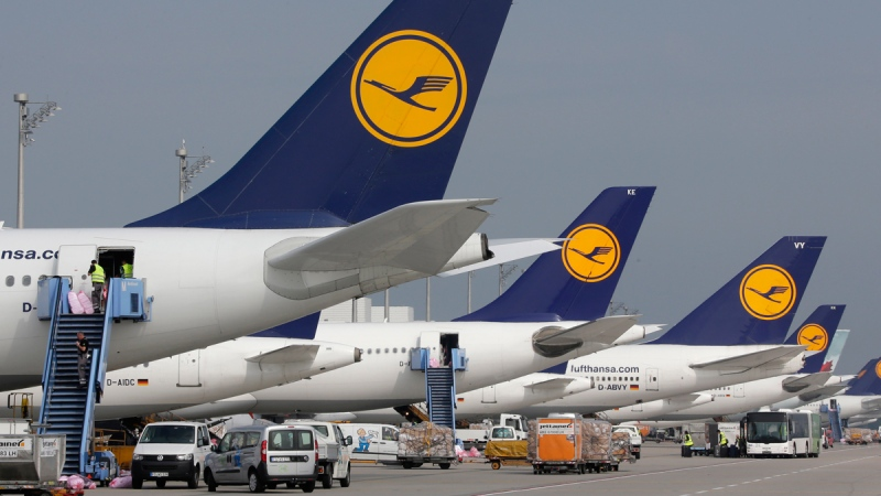 Lufthansa airliners in Munich, southern Germany, on Sept. 10, 2014. (AP / Matthias Schrader)