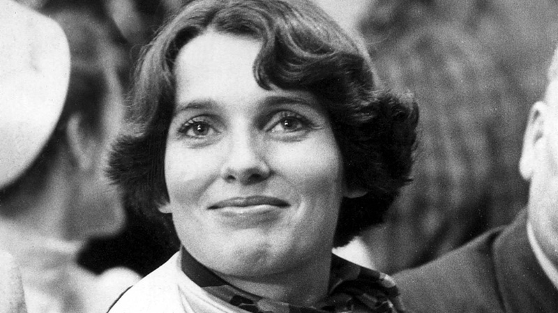 Photos from the first time the Trudeau family lived at 24 Sussex and other memorable moments of Margaret Trudeau's life.<br><br>Margaret Trudeau smiles in this photo taken on May 17, 1974. (THE CANADIAN PRESS)