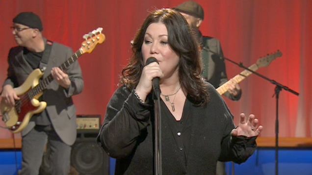 Calgary native Jann Arden will be at McMahon Stadium on Monday morning to share details about a flood-relief concert.