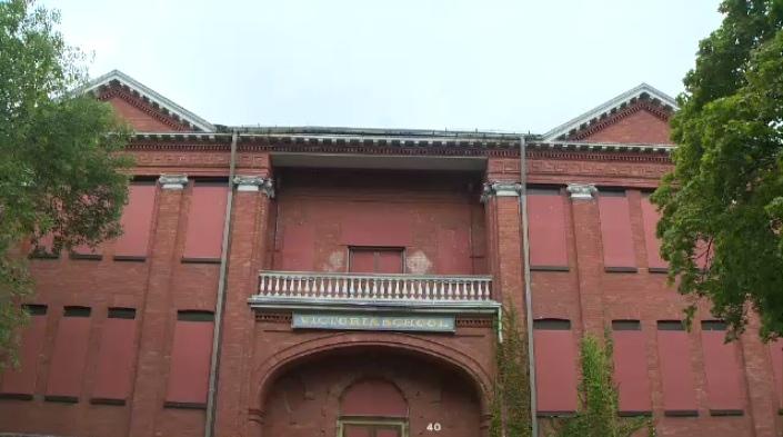 Victoria School in Brantford