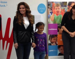 Shania Twain surprises students at Sir Winston Churchill P.S. in Brampton, Ont., on Friday, Sept. 19, 2014. (Naomi Parness / CTV TORONTO)