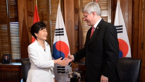 Prime Minister Stephen Harper, right, meets with Korean President Park Geun-hye on Parliament Hill in Ottawa on Monday, Sept. 22, 2014. (Sean Kilpatrick / THE CANADIAN PRESS)