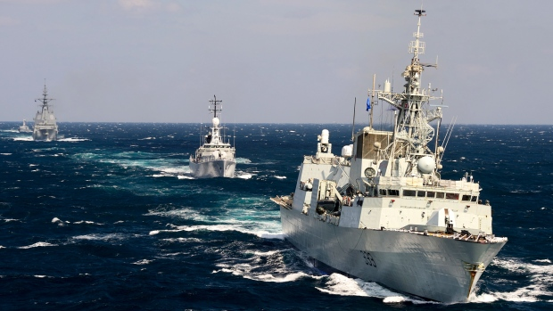 HMCS Toronto leads a fleet of North Atlantic Treaty Organization (NATO) ships through the Black Sea while conducting a training exercise during Operation Reassurance on Sept. 18, 2014. (Sgt. Matthew McGregor / Canadian Forces Combat Camera)