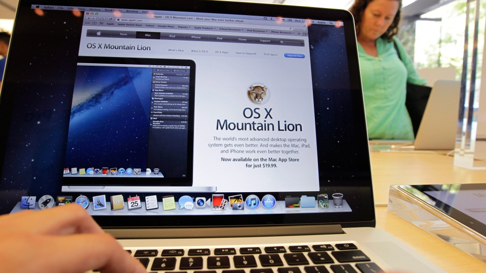 At an Apple store in Palo Alto, Calif. (AP / Paul Sakuma)