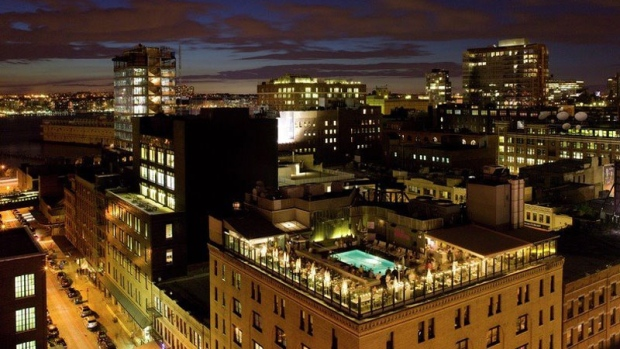 New york toronto are most expensive hotel cities in north for Most expensive hotel in nyc