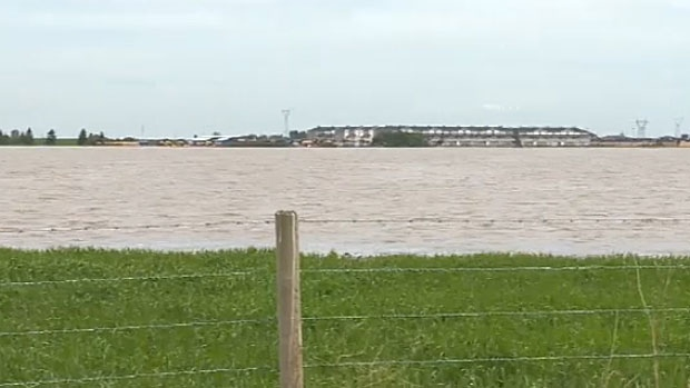 Alberta Premier Jim Prentice says his government has given the go-ahead to two major developments to protect High River and Calgary from flooding.