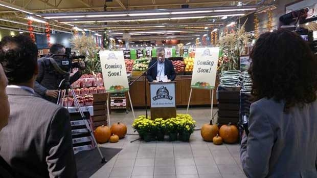 Farm Boy President and CEO Jeff York speaks at the Wellington Road location in London, Ont. on Tuesday, Sept. 10, 2014 (Farm Boy / Twitter)