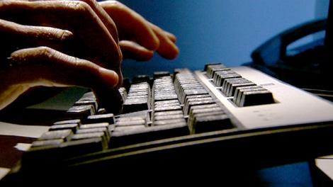 keyboard generic; computer; online crime