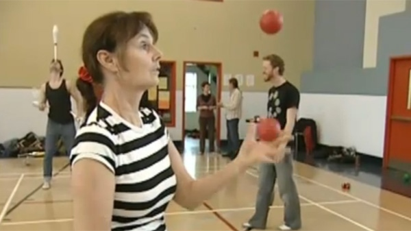 Louise Lavoie says juggling has been good for her mind and body. (CTV Montreal)