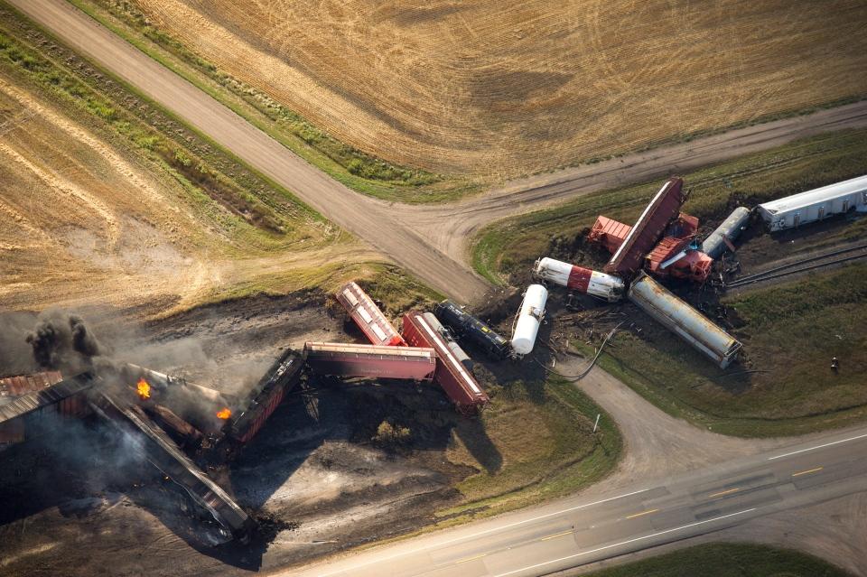Catastrophic rail failure caused train derailment in