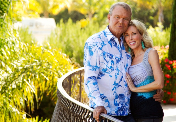 Glen Campbell's Wife Says He Can No Longer Play Guitar