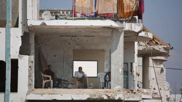 Gaza reconstruction plea