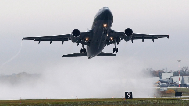 An Airbus CC-150 Polaris takes-off from CFB Trenton carrying 115 members of the Canadian forces to Kuwait, in Trenton, Ont., on Thursday, Oct. 16, 2014. (Lars Hagberg / THE CANADIAN PRESS)