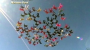 118 women set 2-point formation skydiving record