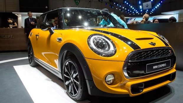 audit finds mini cooper models estimate overstated gas mileage ctv news autos. Black Bedroom Furniture Sets. Home Design Ideas