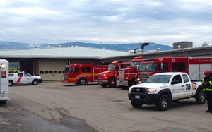 Emergency crews on standby at Kelowna airport after reported threat