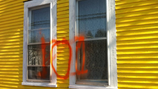 The home of Huntingdon's mayor was targeted by vandals on Saturday after the town refused an order to respect Bill 101.