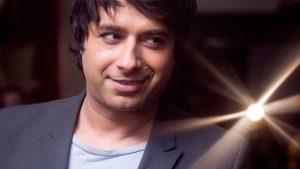 Jian Ghomeshi arrives at CBC's Toronto studios on Friday, Jan. 22, 2010. (Chris Young / THE CANADIAN PRESS)